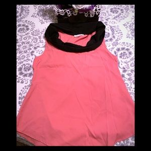 🔥💄❤️👚Classic Pink top with black trim